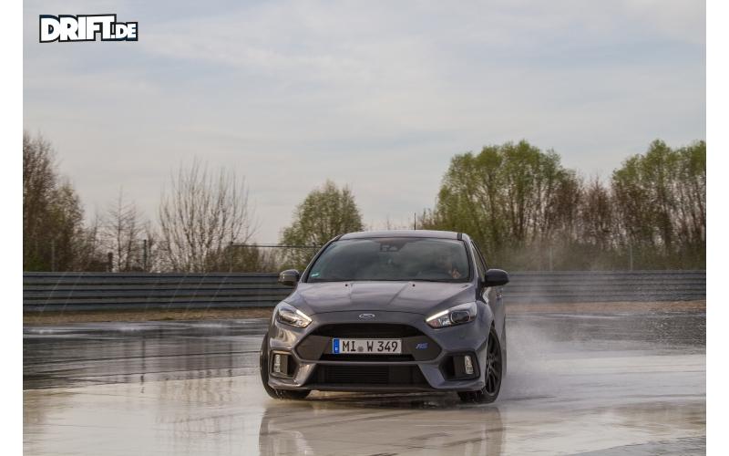 Fahrzeugtests - Ford Focus RS MK3