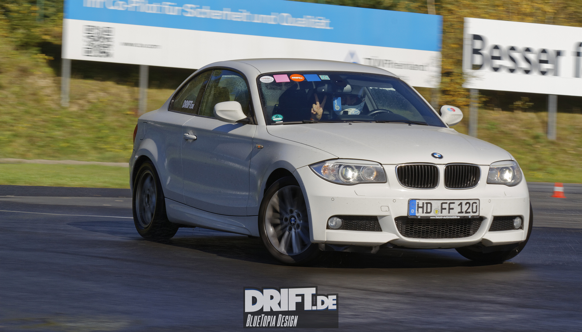 Information | Leihfahrzeuge | BMW E82 123d Coupé